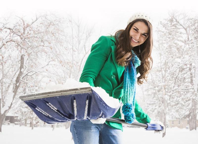 shoveling snow chicago